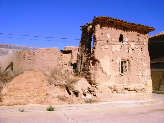 Casa de adobe arruinada, en algún lugar de Castilla y León.