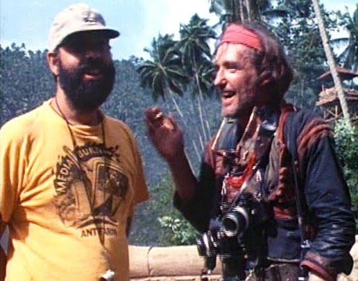 Francis Ford Coppola con una camiseta de Media Burn (Ant Farm) durante el rodaje de Apocalypse Now
